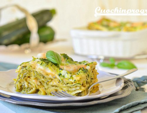 Lasagne zucchine, gamberi e pesto