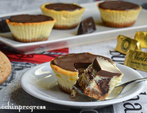 Mini cheesecake con cuore di gianduia