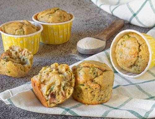 Muffin semintegrali salmone e zucchine