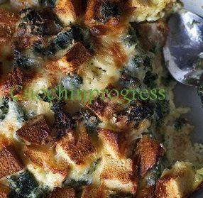 Torta di pane, pancetta e spinaci