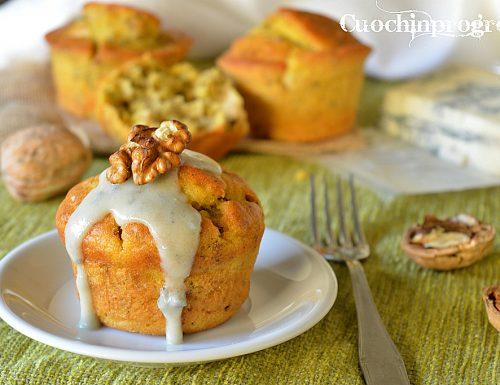 Muffin gorgonzola pere e noci
