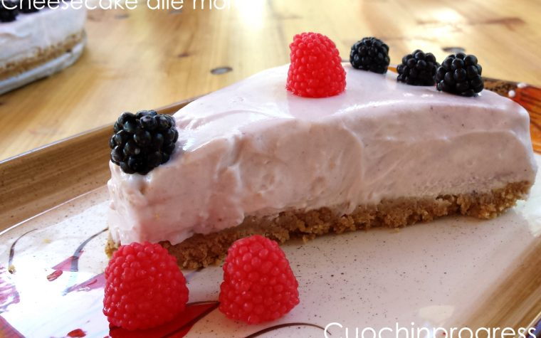 Cheesecake fredda alle more