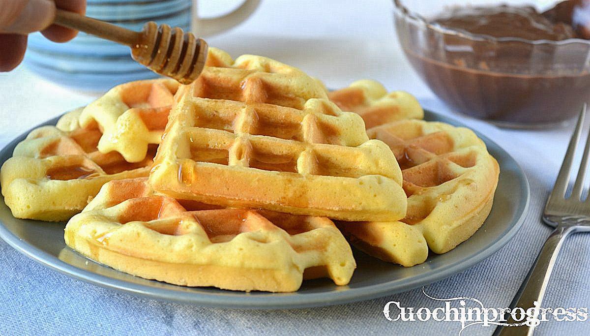 Ricetta Waffle Dolci Giallo Zafferano.Waffle La Ricetta Facile Veloce E Golosa Per Prepararli A Casa