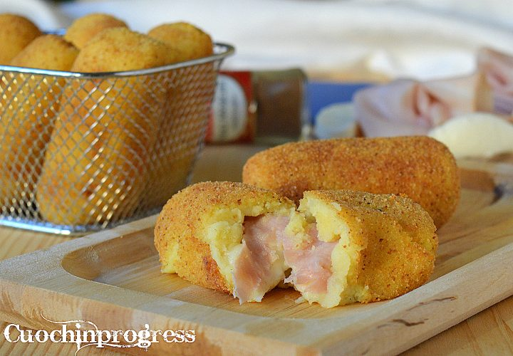 crocchette di patate prosciutto e mozzarella