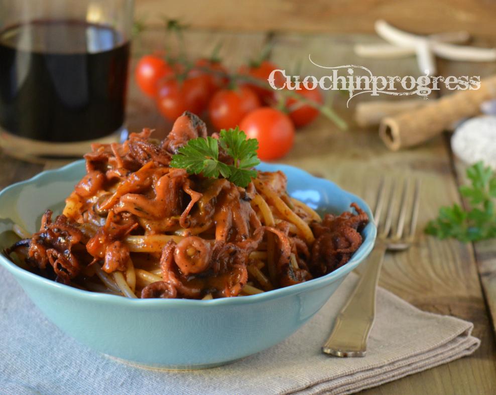 Spaghetti al sugo di moscardini