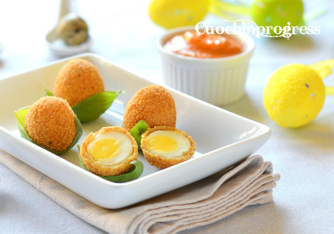 uova di quaglia con salsa rossa