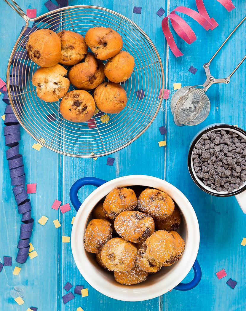 castagnole con gocce di cioccolato