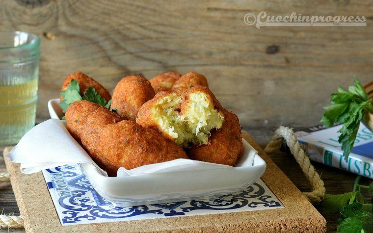 Pastéis de bacalhau (crocchette di baccalà portoghesi)