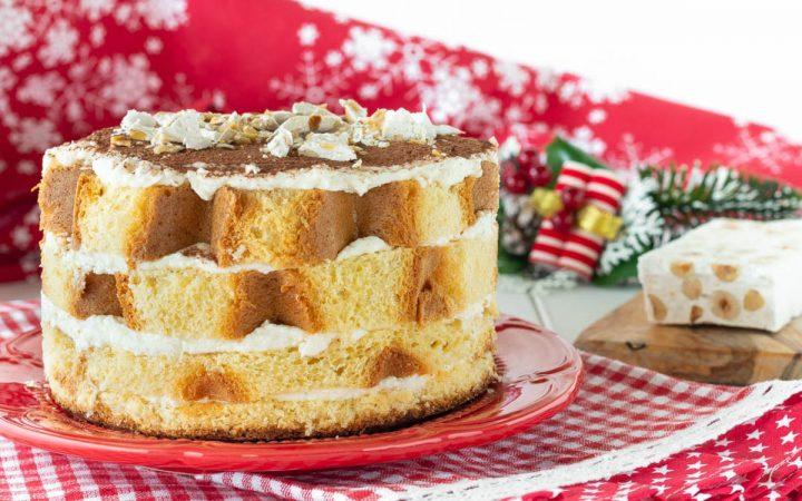 torta di pandoro con crema al torrone