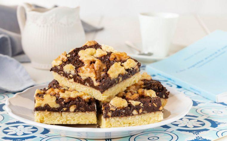 Quadrotti cioccolato e noci