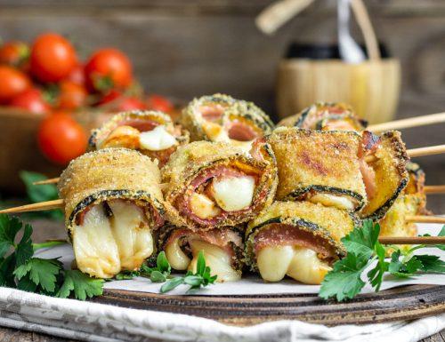 Spiedini di zucchine prosciutto e scamorza