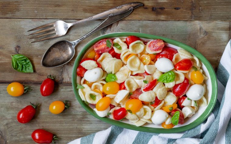 Orecchiette fredde pomodori e mozzarella
