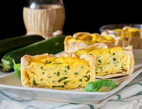 Tortine di zucchine e basilico
