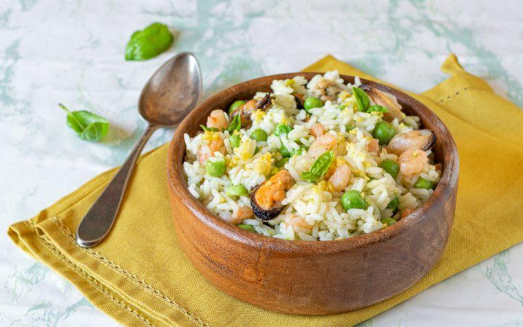 Insalata di riso gamberi, cozze e piselli