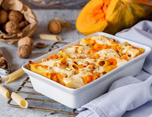 Pennoni al forno con zucca gorgonzola e noci