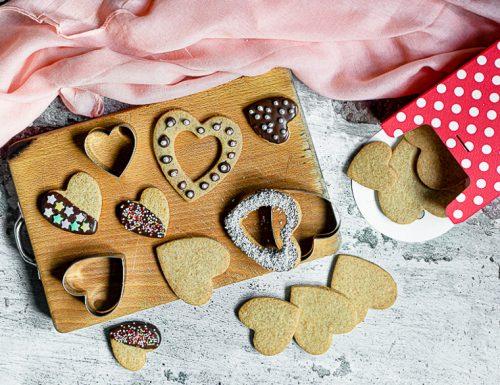 Biscotti al farro arancia e cioccolato