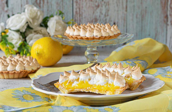 crostatine al limone meringate