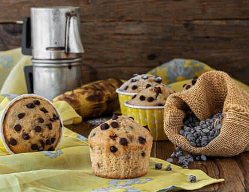 Muffin banane e gocce di cioccolato senza uova