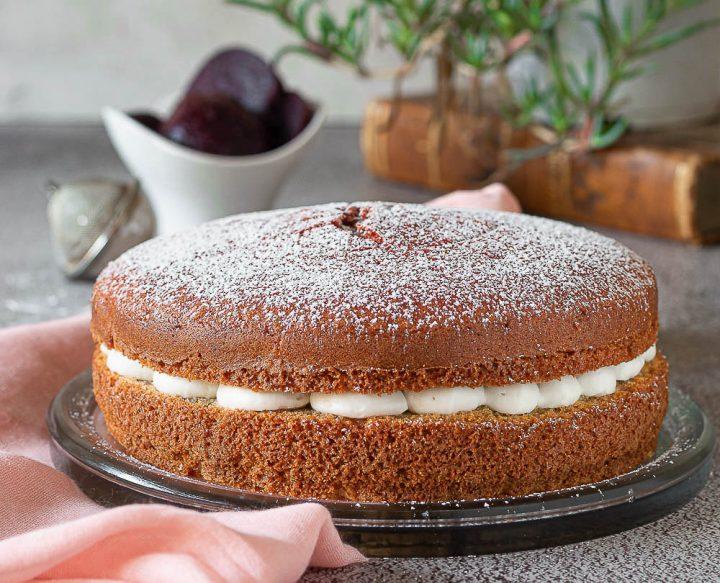 torta di barbabietola e crema di ricotta