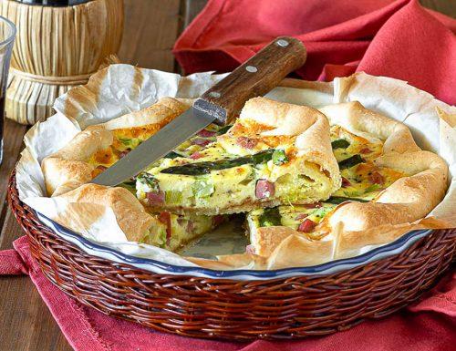 Torta salata con asparagi e mortadella