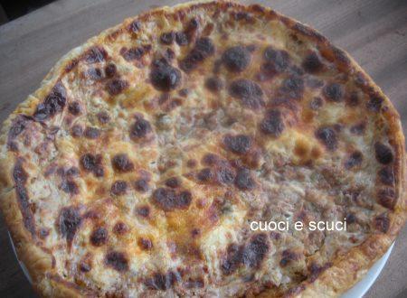 Pizza sfoglia con sorpresa