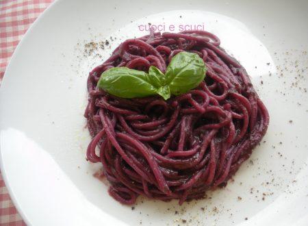 Gli spaghetti con carote viola