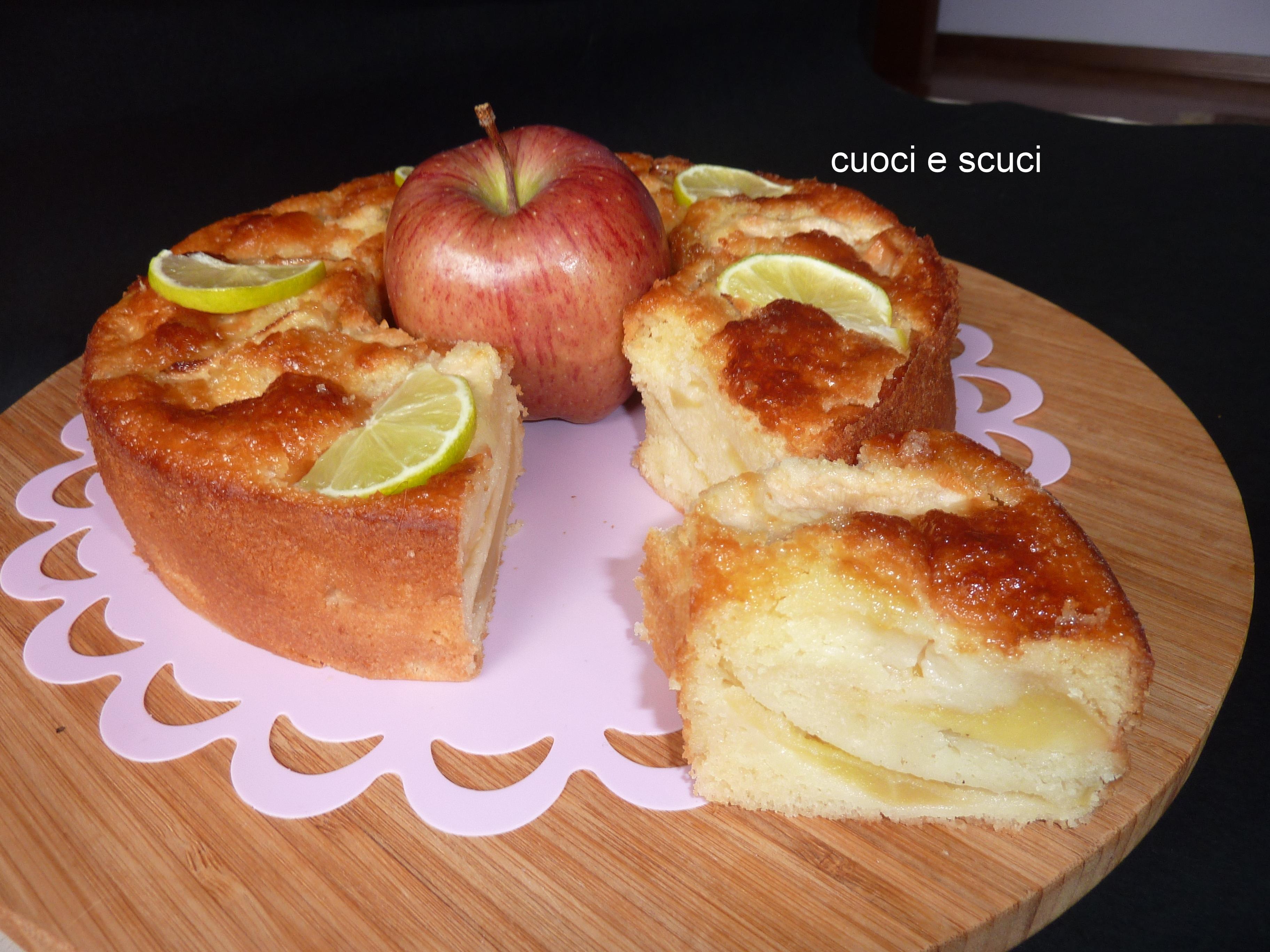 Ciambellone con mele, dolce morbido con miele e lime