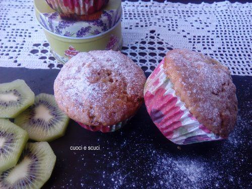 Muffins integrali senza lattosio ne uova con kiwi