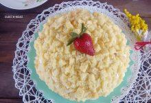 Torta mimosa con fragole, dolce per tante occasioni