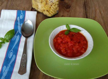 Salsa marinara veloce con pomodoro concassè