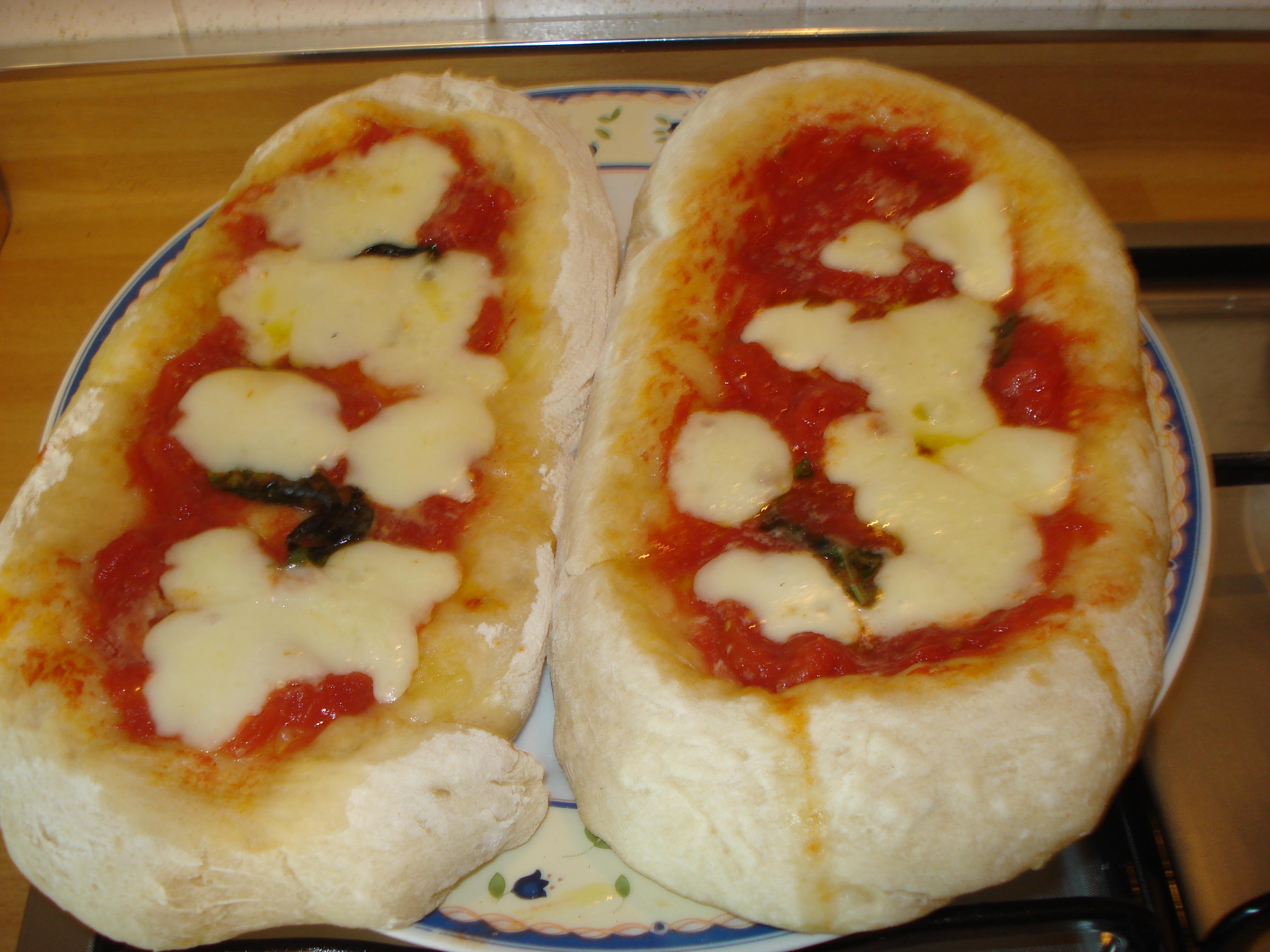 Ricetta pasta della pizza fatta in casa
