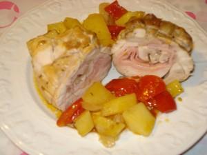 arrosto di pollo farcito al forno con patate