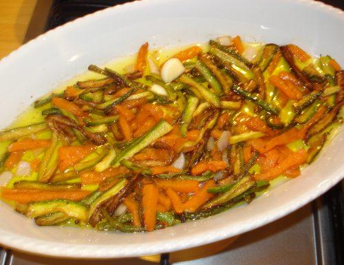 fiammiferi di zucca e zucchine in agrodolce