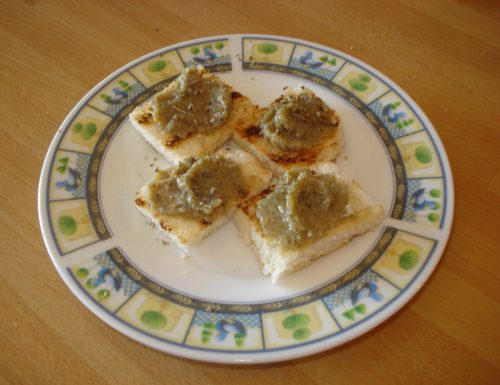 crostini vegetariani alla crema di carciofi