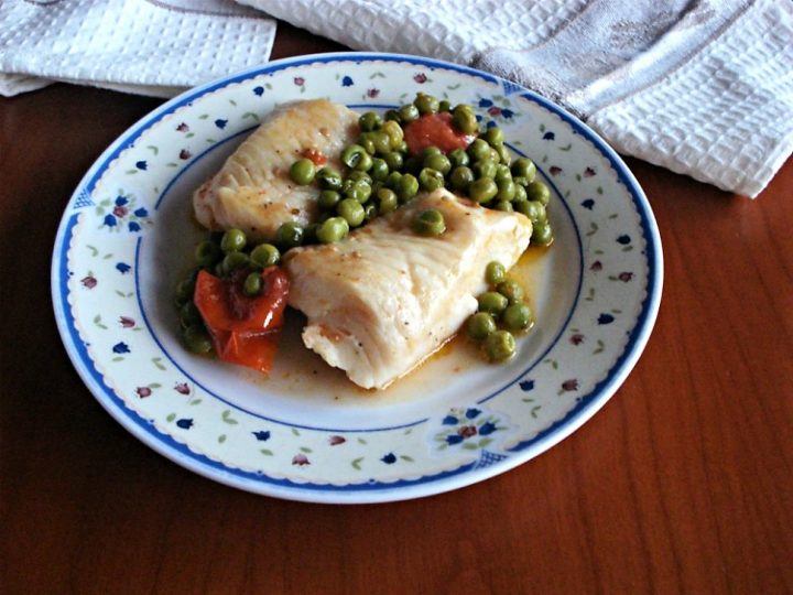 filetti di merluzzo ai piselli e pomodorini new