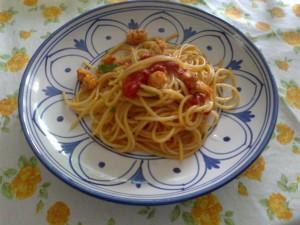 spaghetti ai gamberoni e pomodorini