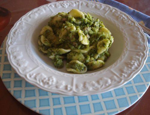 orecchiette con broccoletti baresi e salsiccia