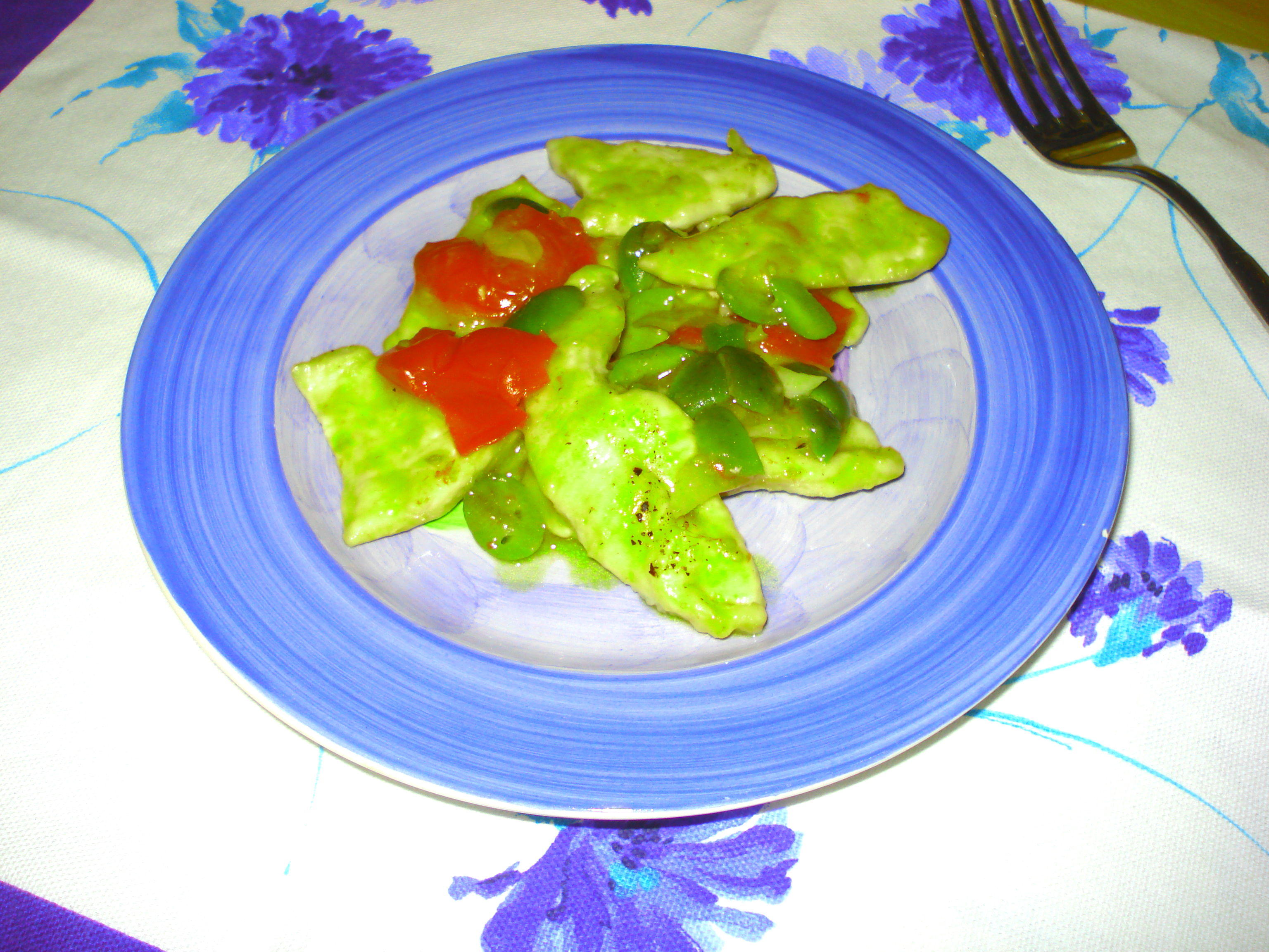 straccetti di pollo alle olive e pomodorini