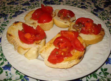 bruschette alle acciughe e pomodorini