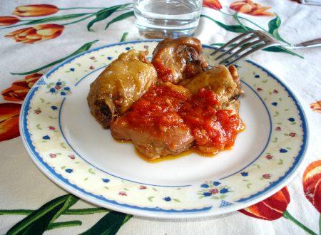 Pollo al pomodoro in padella