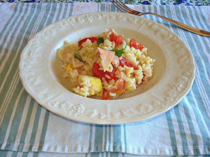 riso freddo al prosciutto cotto pomodori e uova
