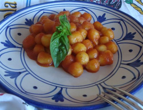 Chicche di patate al ragù napoletano