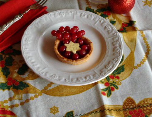 Crostatine natalizie di pasta frolla marmellata e ribes rosso