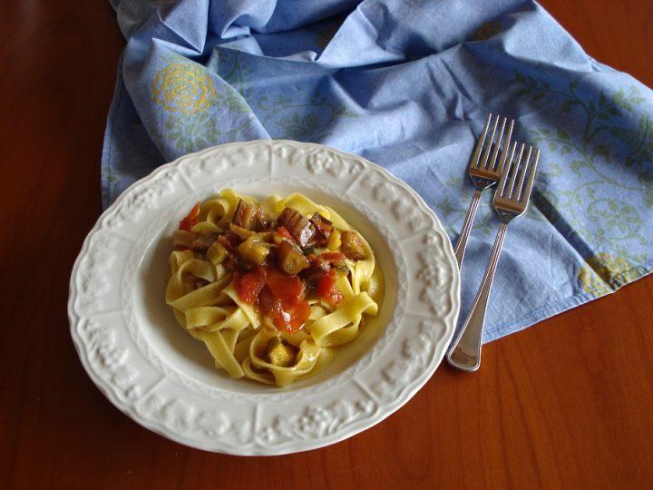 fettuccinesugo di melanzane zucchine reloaded