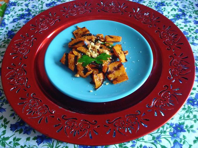 carpaccio di zucca con granella di taralli mandorlati