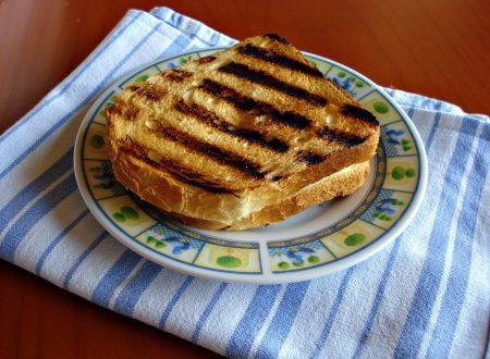 Toast al prosciutto e formaggio