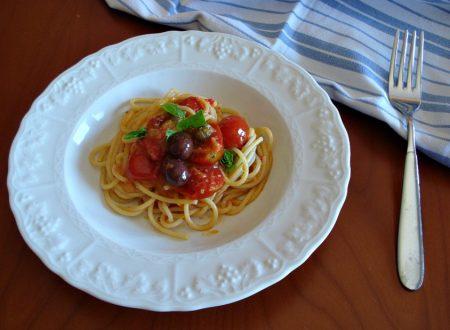Spaghetti pomodorini e pangrattato