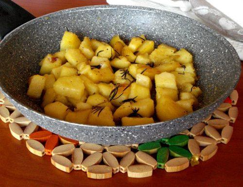 Patate in padella al rosmarino