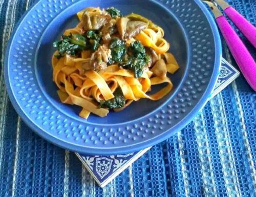 Fettuccine ai funghi pancetta e spinaci