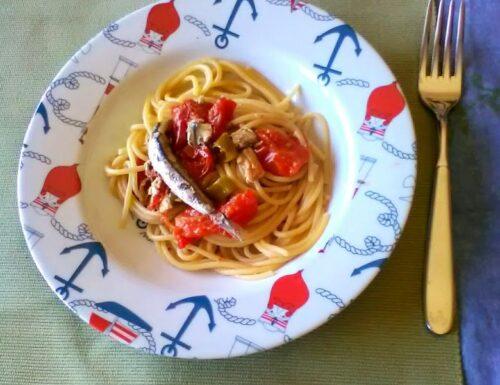 Vermicelli alle alici pomodorini e peperoncini verdi